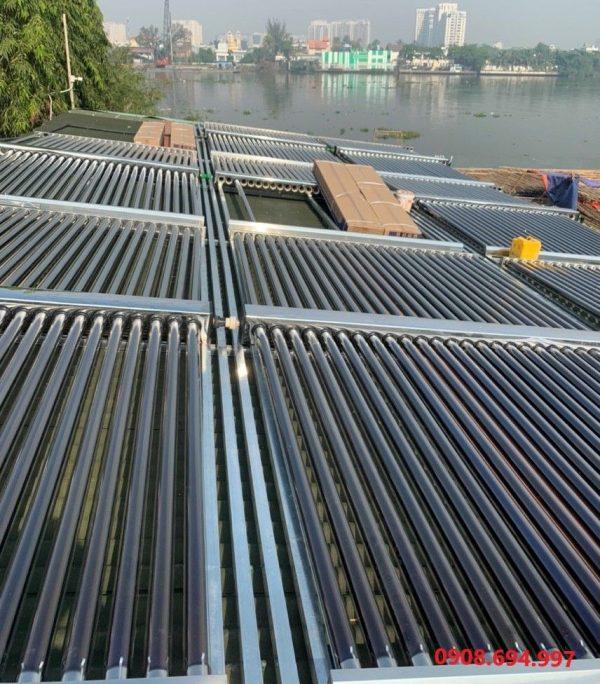 Máy nước nóng năng lượng mặt trời 3000L