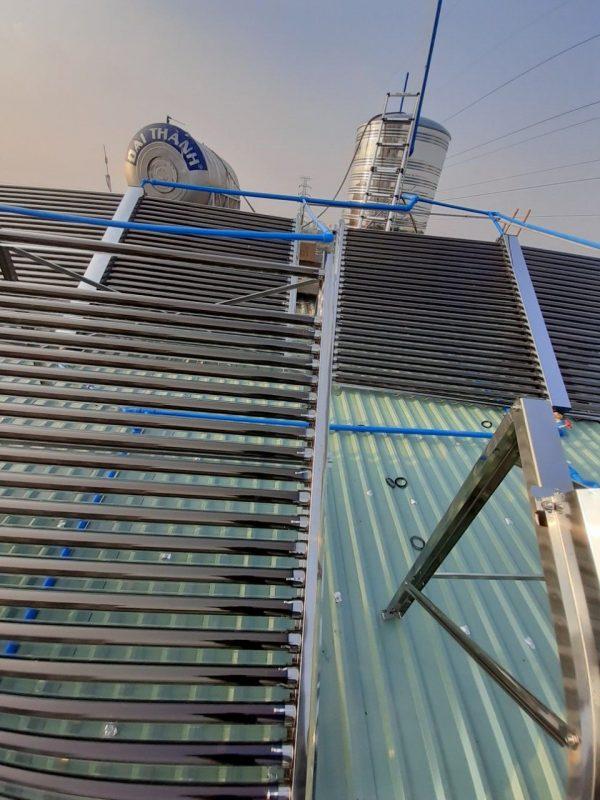 Máy nước nóng năng lượng mặt trời 1000 lít