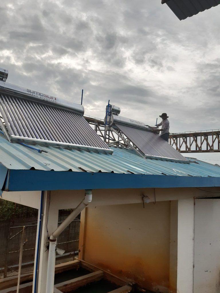 máy nước nóng năng lượng mặt trời tại Dầu Tiếng