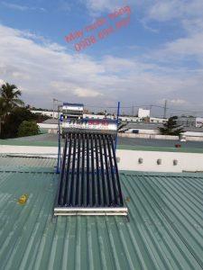 sửa máy nước nóng năng lượng mặt trời gia đình