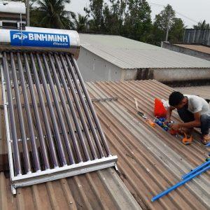Máy nước nóng năng lượng mặt trời Binh Minh 130 lít