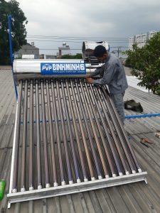 Dịch vụ sửa máy nước nóng năng lượng mặt trời giá rẻ