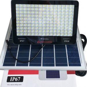 Đèn sao pha năng lượng mặt trời 250w